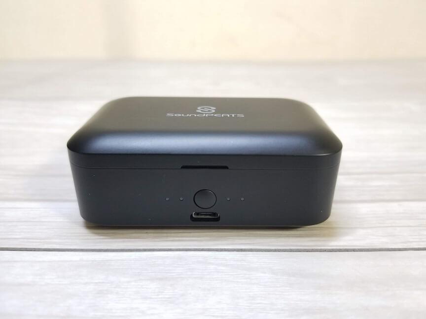 SoundPEATS(サウンドピーツ) Q32の充電ケース