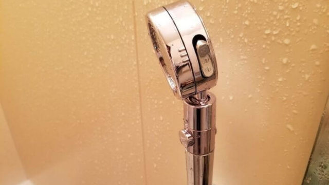 topbasicの3D節水シャワーヘッドのrebyu-