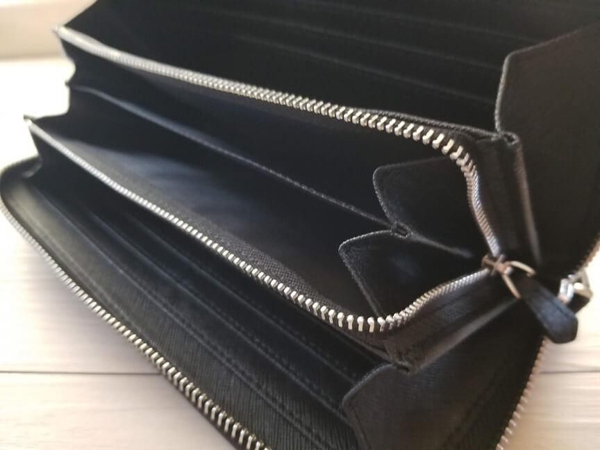 ZILLMAN(ジルマン)カーボンレザー長財布の内側