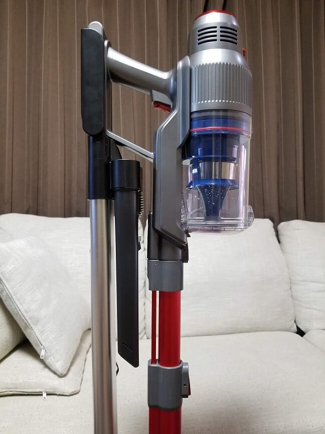 iROOM RS1の充電スタンド