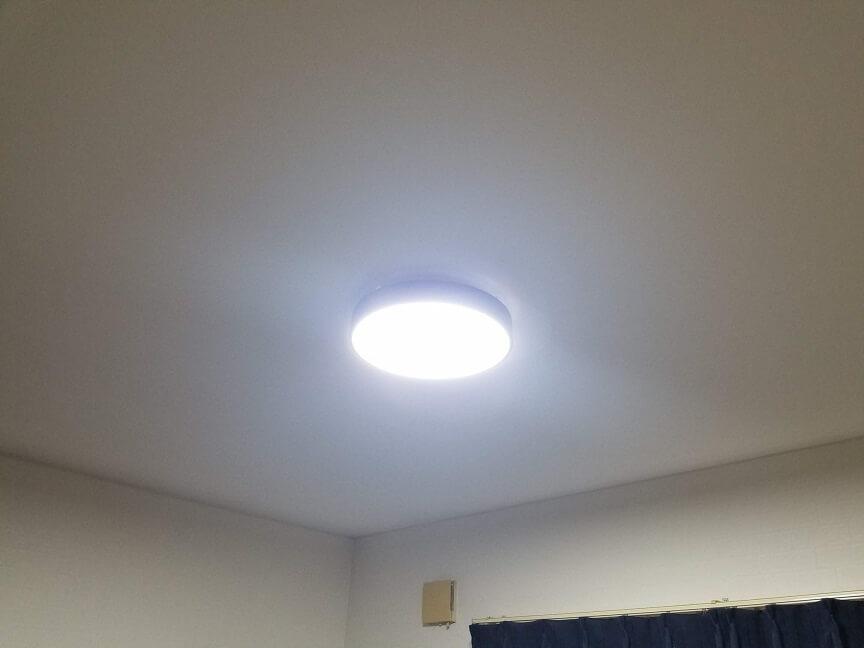 LEDシーリングライト マカロンの明るさ